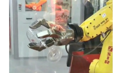 still image taken from video of SCHUNK Dextrous Hand gripper